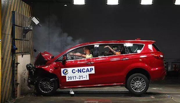 这几款车价低空间大配置高,但是安全系数却不高
