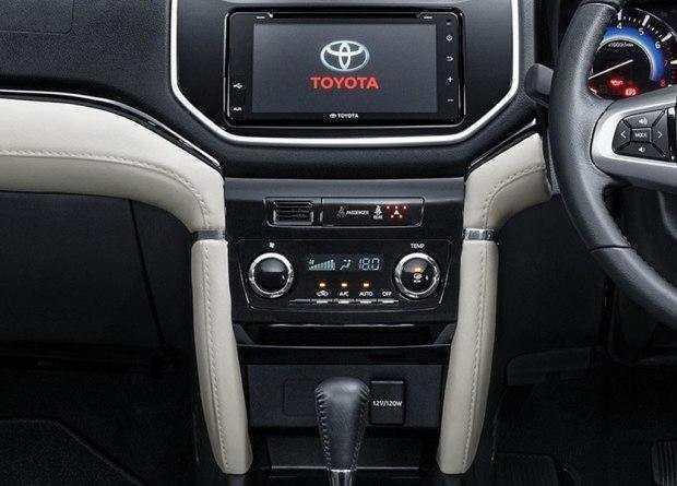丰田推出缩小版霸道?!或10万起售!