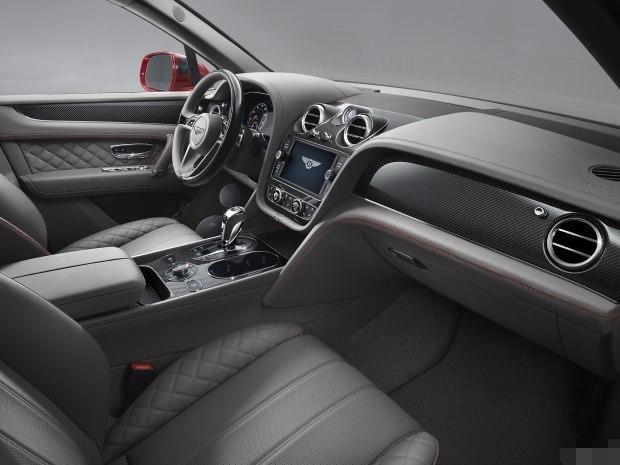 宾利怒了,最贵SUV来袭,4.0T V8动力,百公里4.5秒
