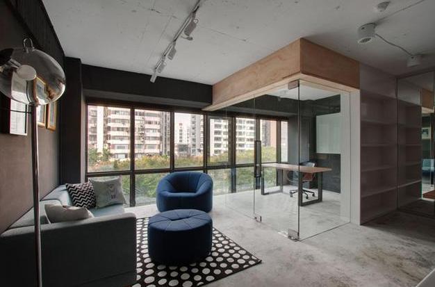 漂亮成都龙泉40平米loft办公室装修案例效果图赏析