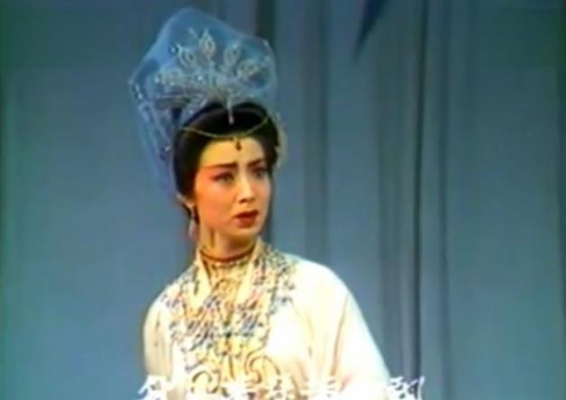 《还珠格格》皇后戴春荣和容嬷嬷要携手上春晚?