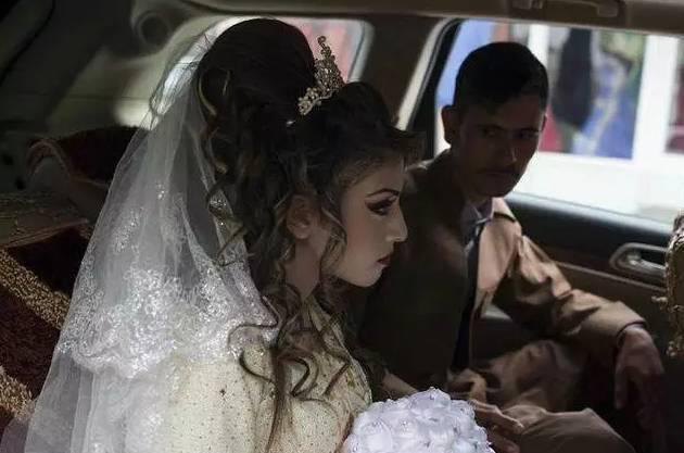 444少女揽逼_16岁懵懂少女被逼嫁给\