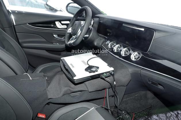 奔驰AMG GT四门版官图曝光 日内瓦车展亮相 9月上市