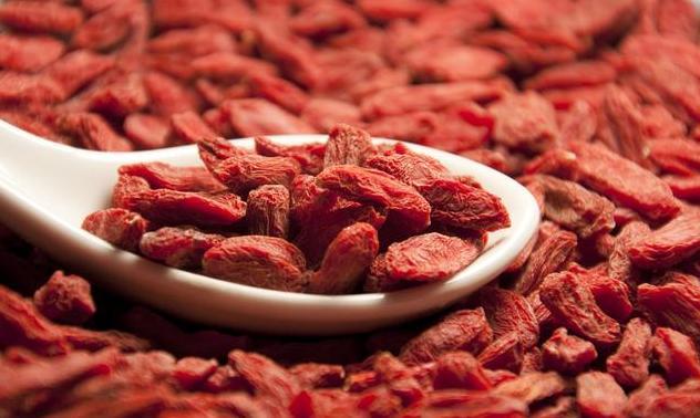 肝脏脂肪过多会藏毒,吃点它直接给肝脏刮油排毒