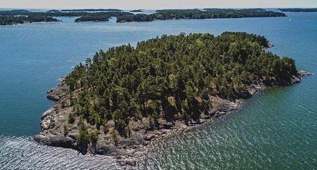 芬兰这个小岛,谢绝一切男性游客 克里斯蒂娜