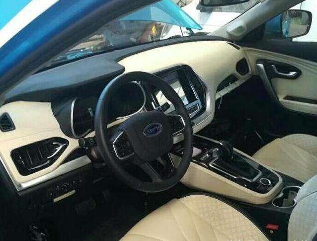 美2.0T, 奇瑞高端7座SUV亮相,尺寸比途观更大高清图片