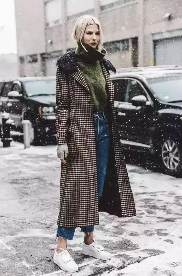今年冬天就只要翻领外套+高领衫