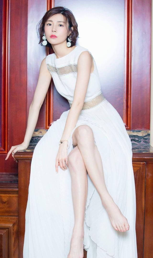 精选中国女明星美足第二期-自拍视频