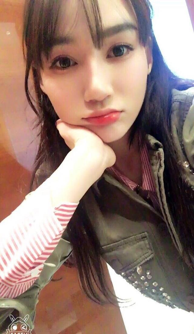 王思聪新女友:这就是传说中的眼如杨颖鼻如热巴