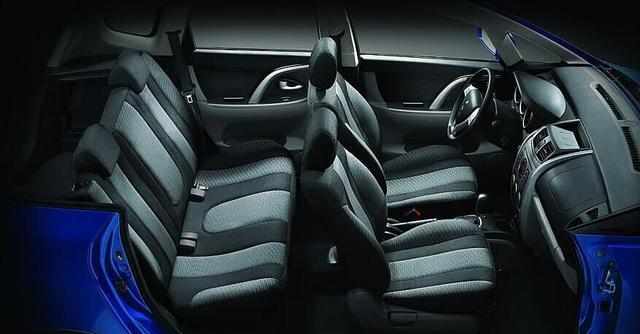 5万可买国产长安CX20,车厢超美