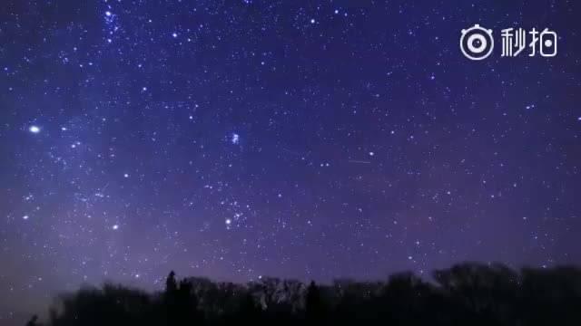双子座流星雨 划过长白山 夜空 】双子座流星雨,北半球三大流.