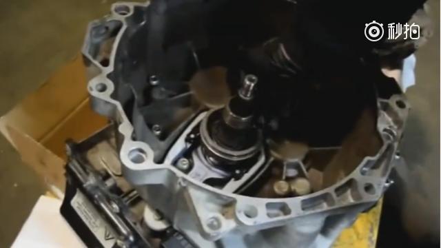 司机用五分钟时间教你安装汽车离合器,学会以用处很大