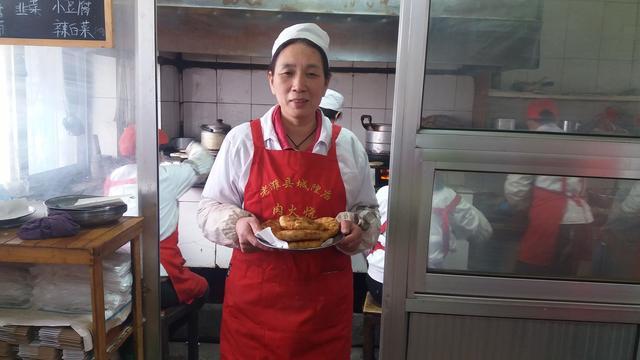 城隍庙肉火烧传人把潍坊味道传下去
