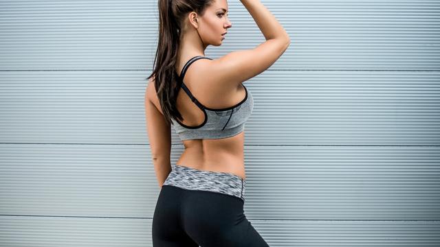 2、前期开始健身体内糖原增加水分驻留让你体重不降反升