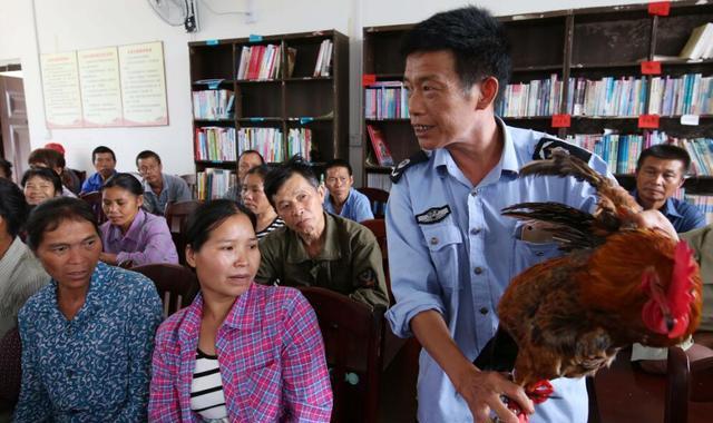 广西融水:科技特派员培训到山村