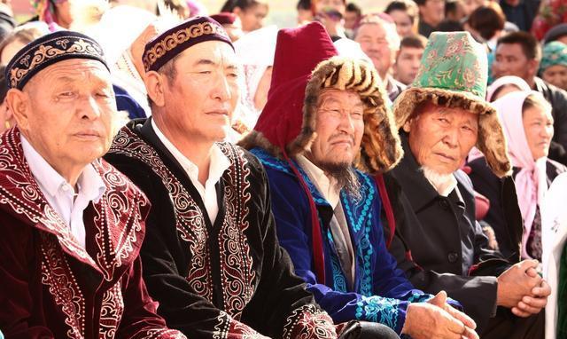 中国只有回族是穆斯林吗?中国穆斯林的人口数量及地域分布!