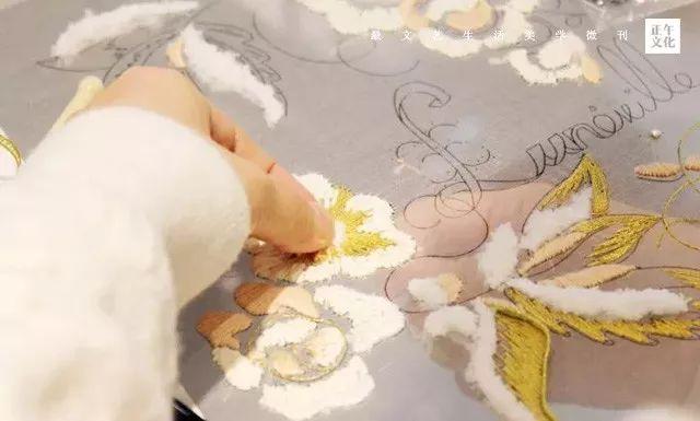 匠人 · 刺绣的壮汉把法绣和苏绣做成独一无二