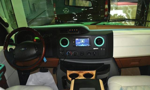福特E350进口商务房车体面大气