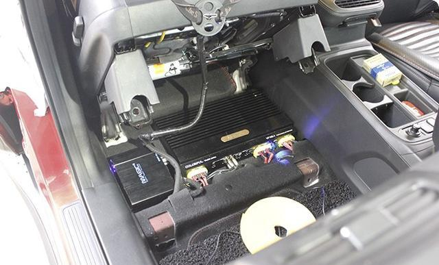 本田CRV完美脱变 音响改装 防火墙和全车隔音降噪