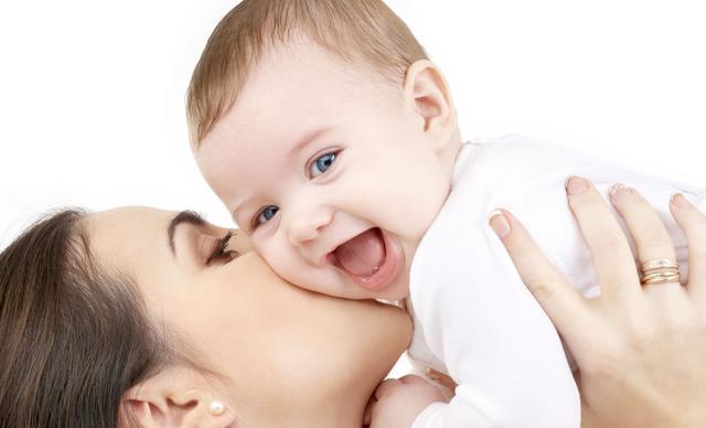 做了母亲的女人存在的价值是当全职妈妈还是职场妈妈