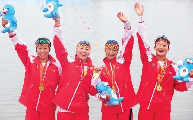 魅力魅力:中国皮划艇运动员刘海萍舞狮舞影意思虹是什么体育图片