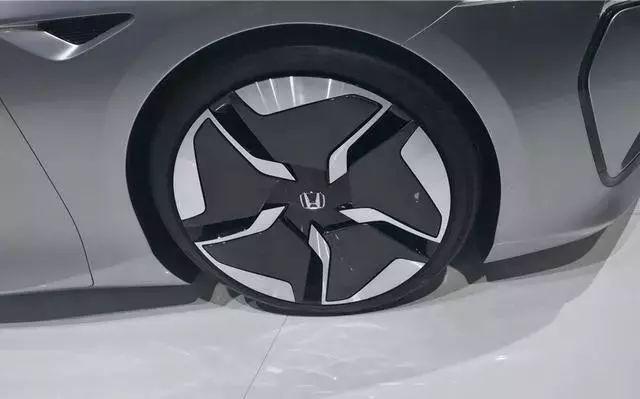 本田首次启用中国设计师,打造了一款Honda Design C001概念车