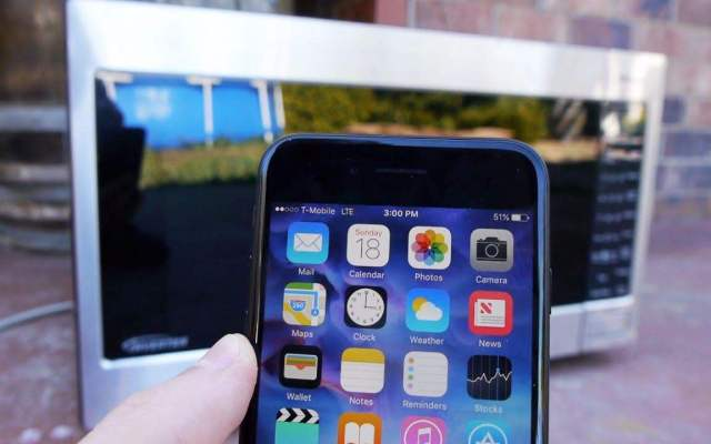 送给冒着生命危险都要用iphone手机用户的一篇求生指南