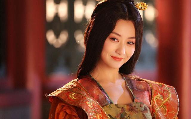 班婕妤是汉成帝的妃子