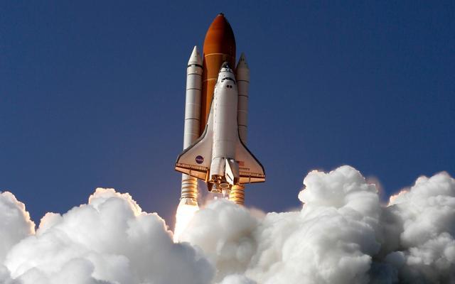 1981年4月12日,首架航天飞机