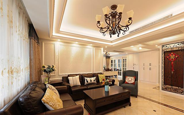 沙发背景墙,简单的石膏线做的造型, 后期准备买点画挂上