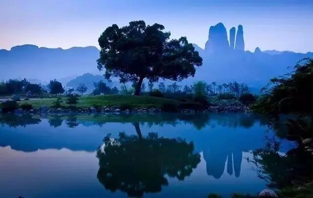 浙西竟私藏了一个绝美隐世小城,杭州出发1.2h即达,关键还免费!