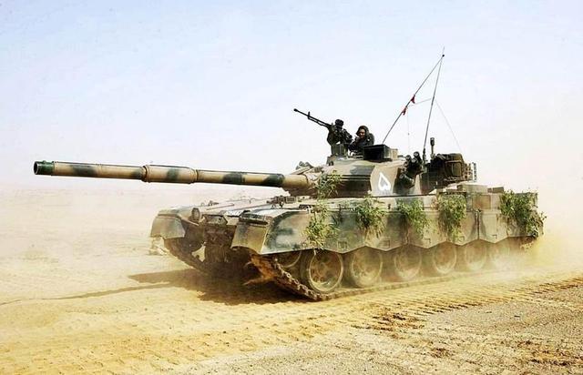 保时捷斯巴鲁都得靠边站,这种坦克发动机比水平对置发动机更优秀