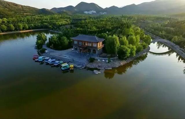 山西凤凰山生态旅游区首届春节嘉年华彩灯艺术节推广