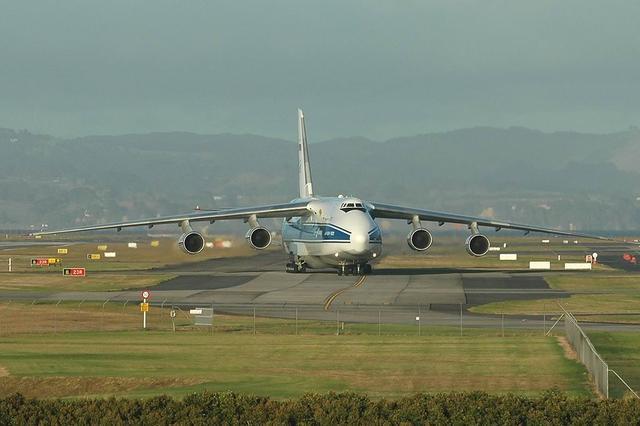 世界最大飞机排名 最大飞机起飞重量达650吨 最大飞机已确定国产