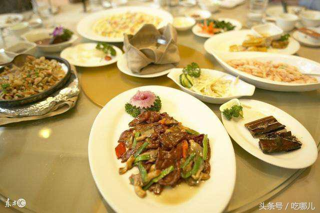 中国人请客吃饭和韩国人请客吃饭的区别,网友