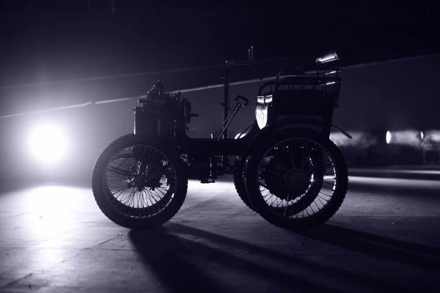 雷诺昨天120岁生日趴玩得嗨,三款SUV 120周年限量版齐上市