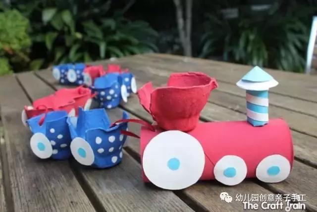 幼儿园废物利用手工:鸡蛋托变身酷酷小车,瞬间俘获万千男孩的心图片