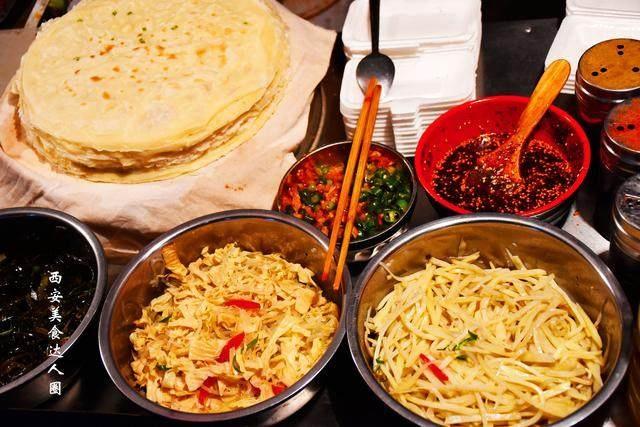 西安街头最受欢迎的14款路边摊美食,你吃过几个?自我美食的a美食篇手出图片