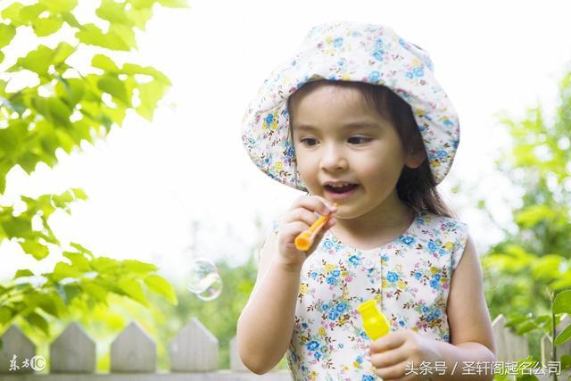 女女孩取名可爱、洋气、新颖的龙虾大全女生名字宝宝图片