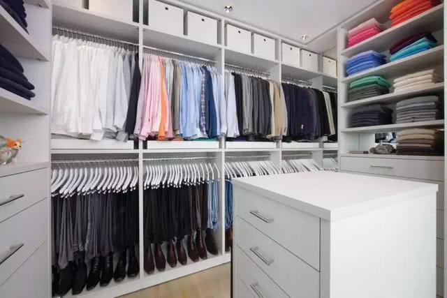 一位月入上万的衣橱整理师 告诉你们衣橱要这样整理