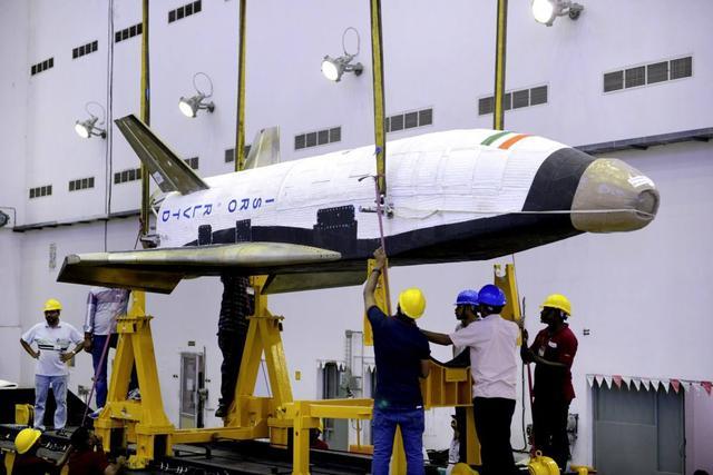 印度要在太空追赶中国:将发射航天飞机 建宇宙空间站