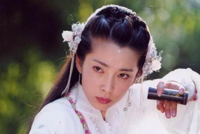 《新聊斋志异》中的8位美女, 蒋欣的蛇妖上榜