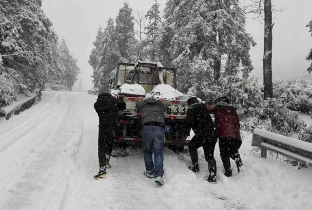 冬季汽车不易起动怎么办,如何正确预热爱车