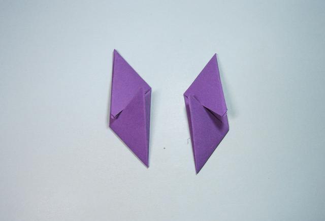 儿童手工折纸:简单飞镖的折法步骤图解
