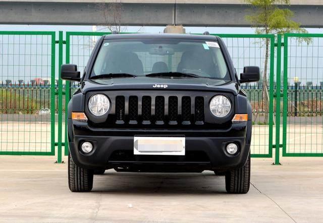 全新jeep自由客, 落地价不到30万, 动力超强!!