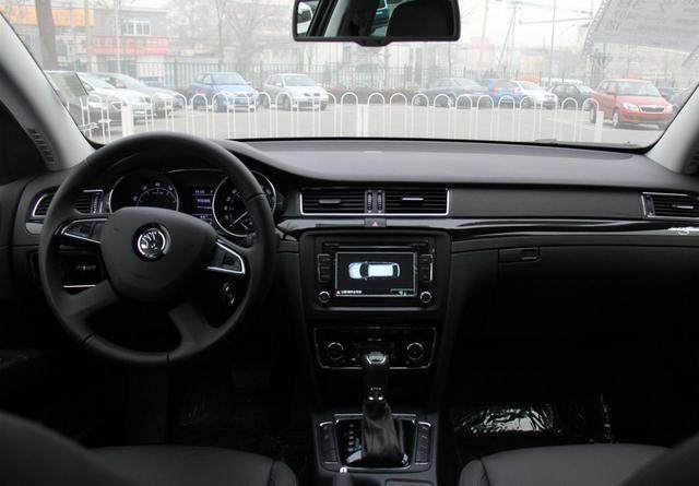 斯柯达全新速尊发布,完全不输奥迪A4,空间更大更舒适