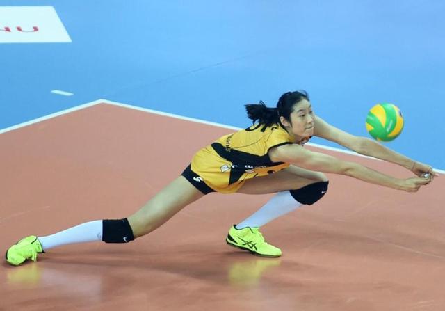 朱婷荣获年度最佳排球运动员大奖,成中国首位获奖的运动员