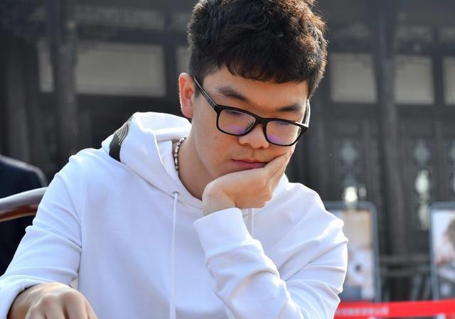 中国军团8金9银3铜称霸世界智力运动会,网友:中国人智力世界第1
