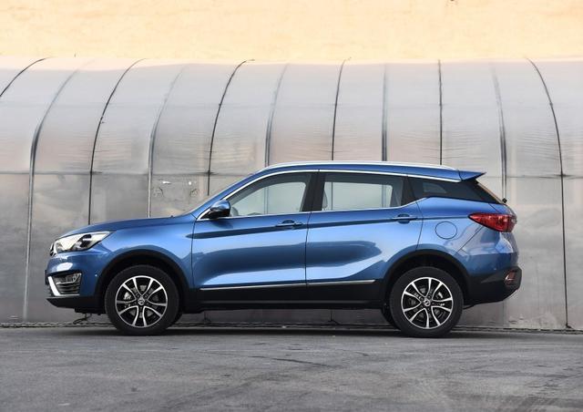 这款SUV单月卖12000辆,平均3分钟一台,售价不足6万!