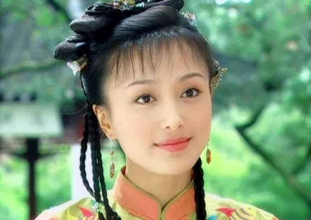 说起秦岚,想必大多数人对她的印象还停留在《还珠格格3》中的陈知画图片